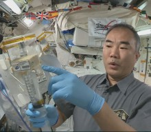 AHiS 2021 – The setup of the plant growth chamber on the ISS